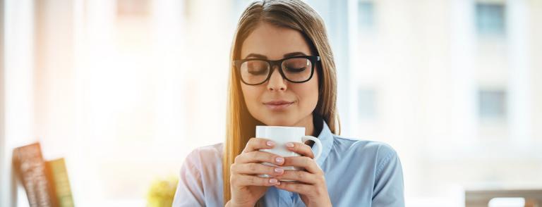 beneficios del café con limon
